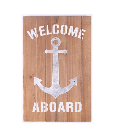 """Træskilt med tekst. """"Welcome Aboard"""""""