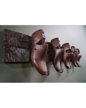 Shoe knagerække med 5 skolæste